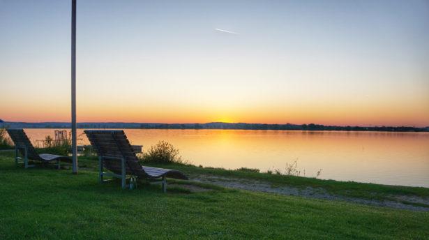 Sonnenaufgang am Altmühlsee - Seezentrum Wald